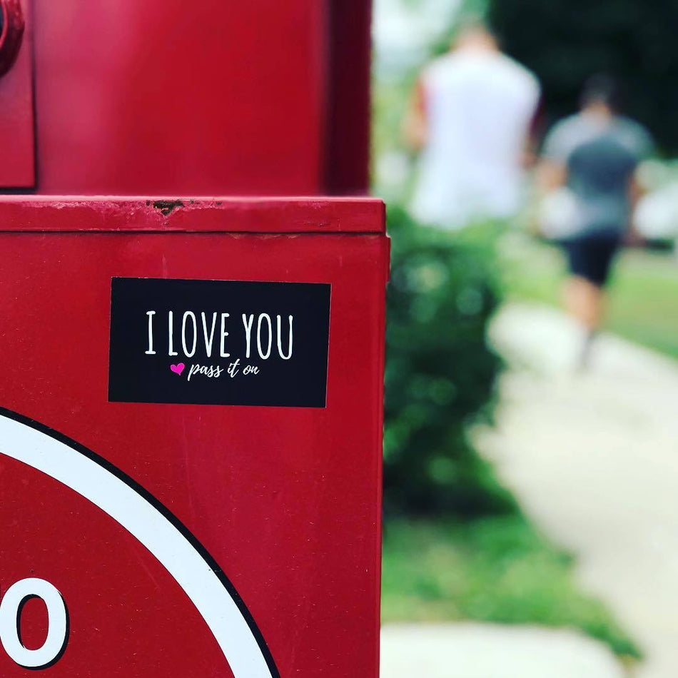 100 Love Stickers / Stick Love Everywhere (Now With FREE Worldwide Shipping) - ILOVEYOUPASSITON