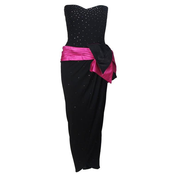 TRACEY MILLS 1980s Black Gown, Magenta Bow Size 4-6