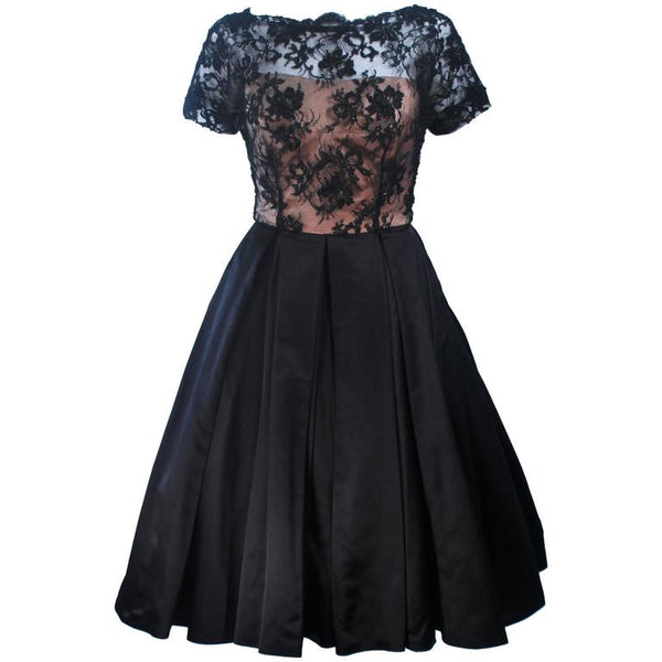 VINTAGE Circa 1950s Custom Lace Cocktail Dress Size 2-4