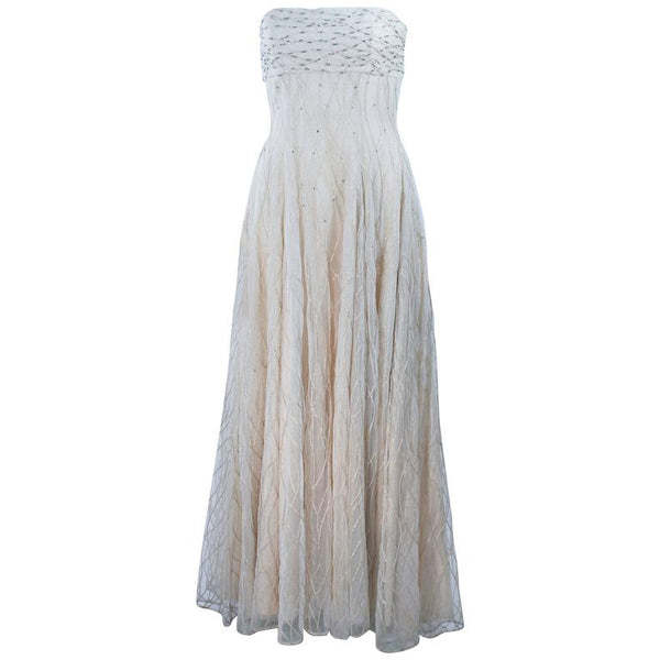 VICTOR COSTA Off White Iridescent Strapless Beaded Gown Size 2-4