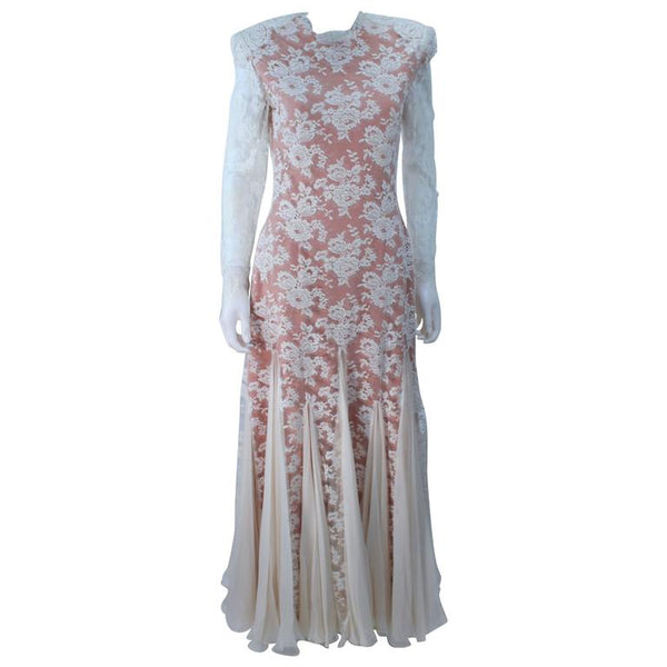 TRAVILLA Lace Gown with Nude Underlay Size 4-6