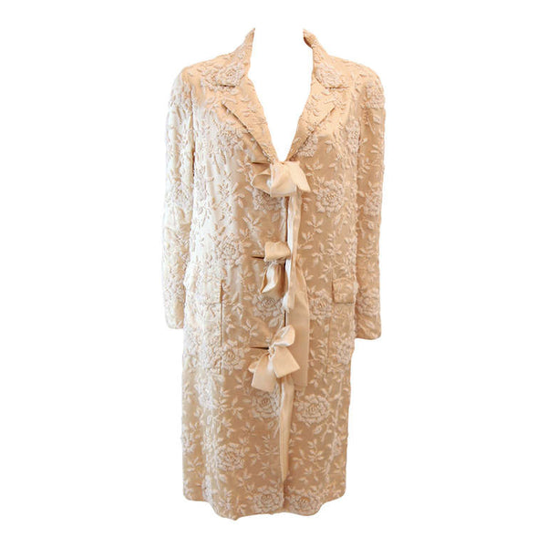 VINTAGE Cream Silk Coat w/ White Floral Beaded Motif & Ribbon Tie