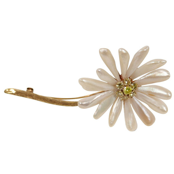 Diamond 14 Karat Gold Petal Daisy Brooch
