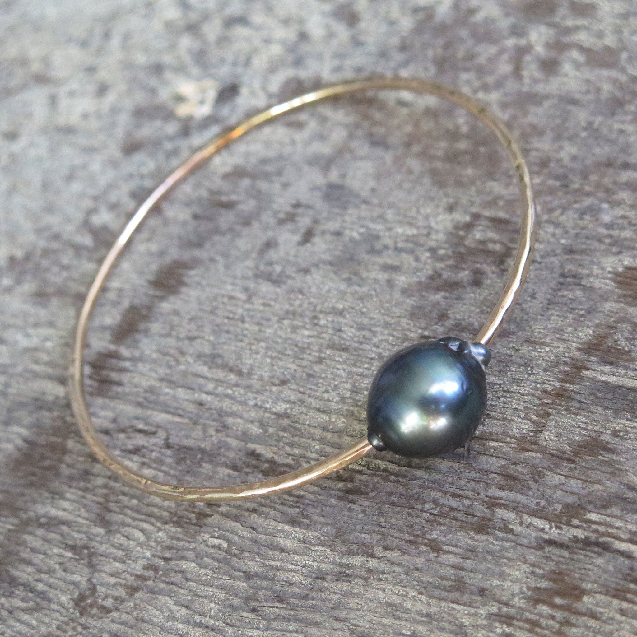 Single Tahitian Pearl Bangle