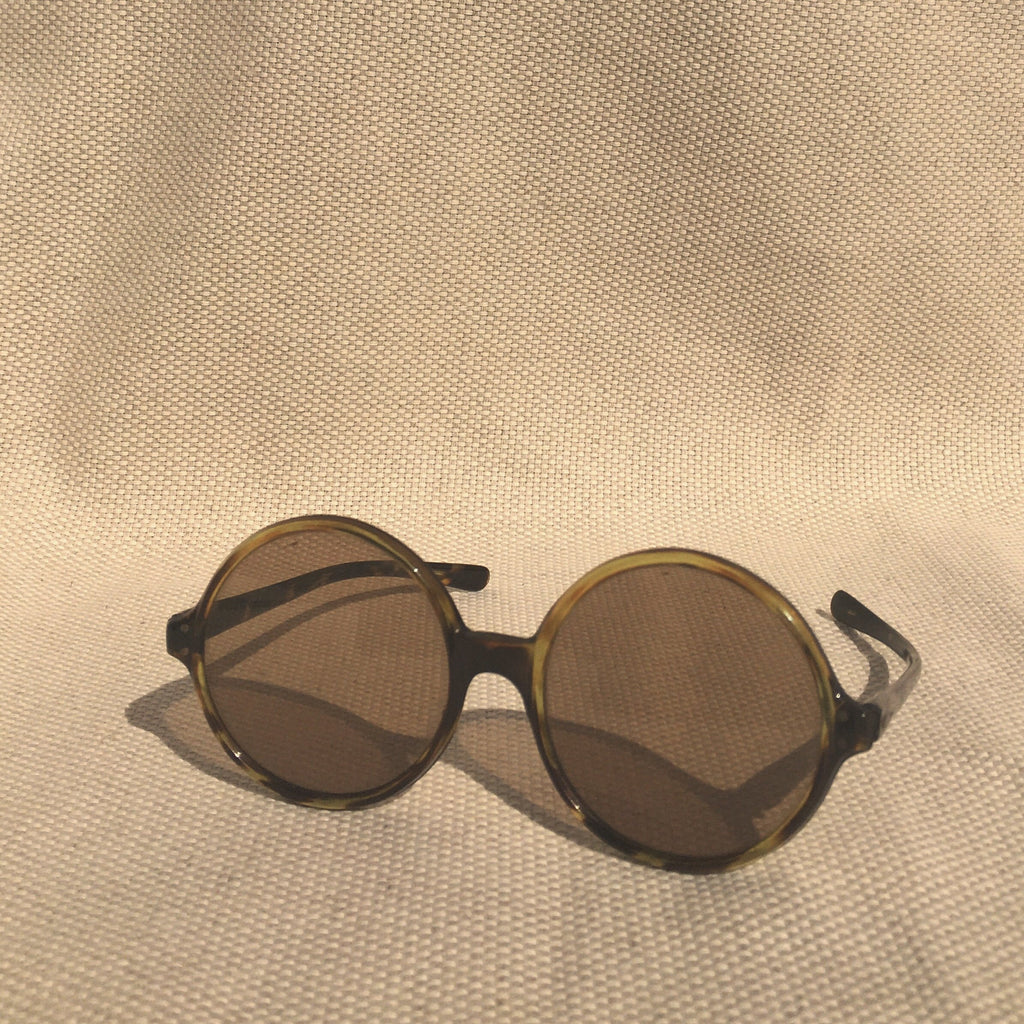 Seventies tortoire sunglasses