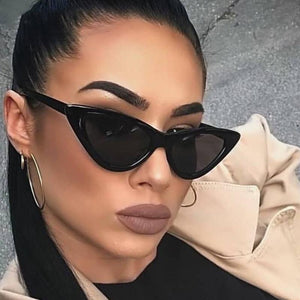 BLACK BELLA POINTY CAT EYE SUNGLASSES