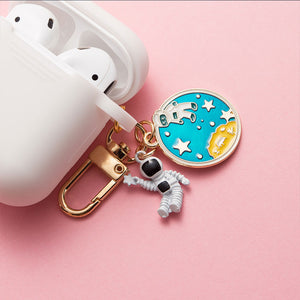 Astronaut Planet Keychain Airpod Cover - White - 2 - Starsystems