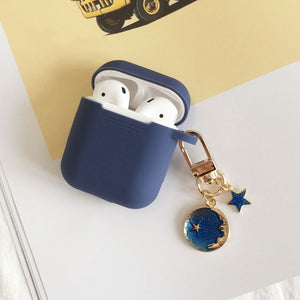 Astronaut Planet Keychain Airpod Cover - Violet - Starsystems