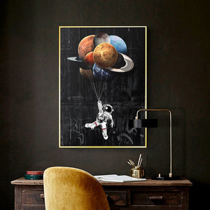 Astronaut Planet Float - - Starsystems