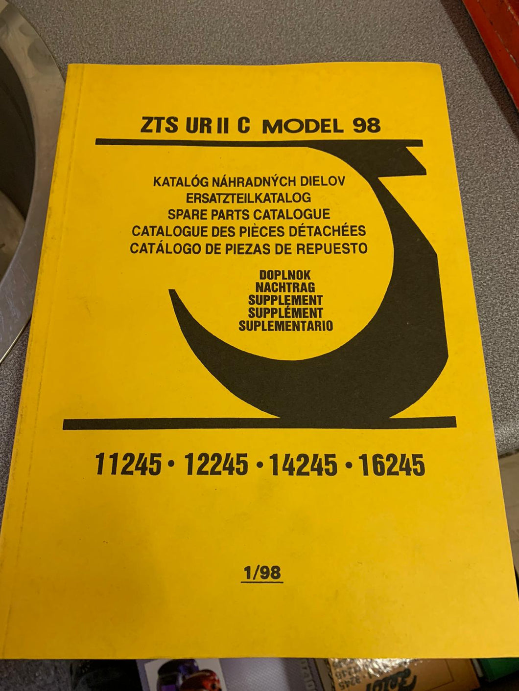 Spare Parts Manual for ZTS 11245, 12245, 14245 and 16245.