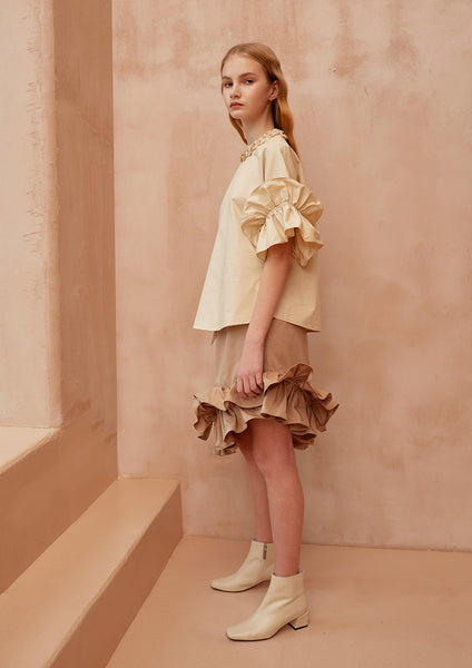 Fashion Boundary Capsule Prairie Cream Top