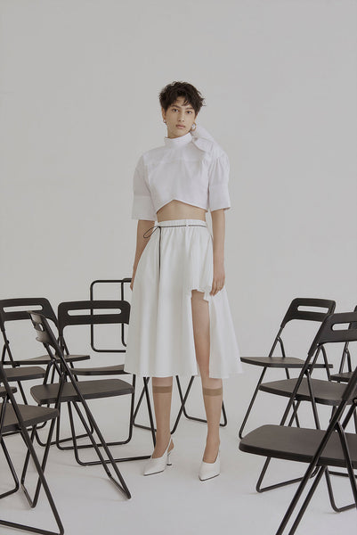 Lea Raw-edge Side Pleated Skirt White