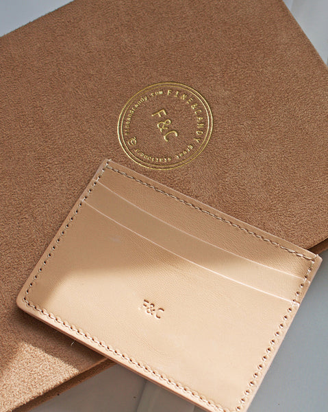 Billion Crème Card Holder
