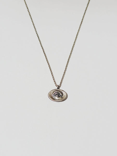 Point Eye Necklace Polished Gold