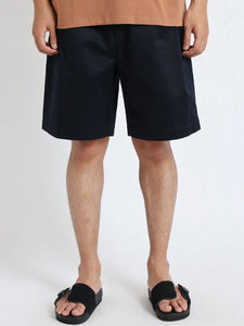 "UNIVERSAL PRODUCTS ""2TUCK WIDE CHINO SHORTS"" col.NAVY"