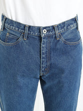 "Load image into Gallery viewer, LIVING CONCEPT ""5 POCKET DENIM TAPERED PANTS"" col.BLUE"