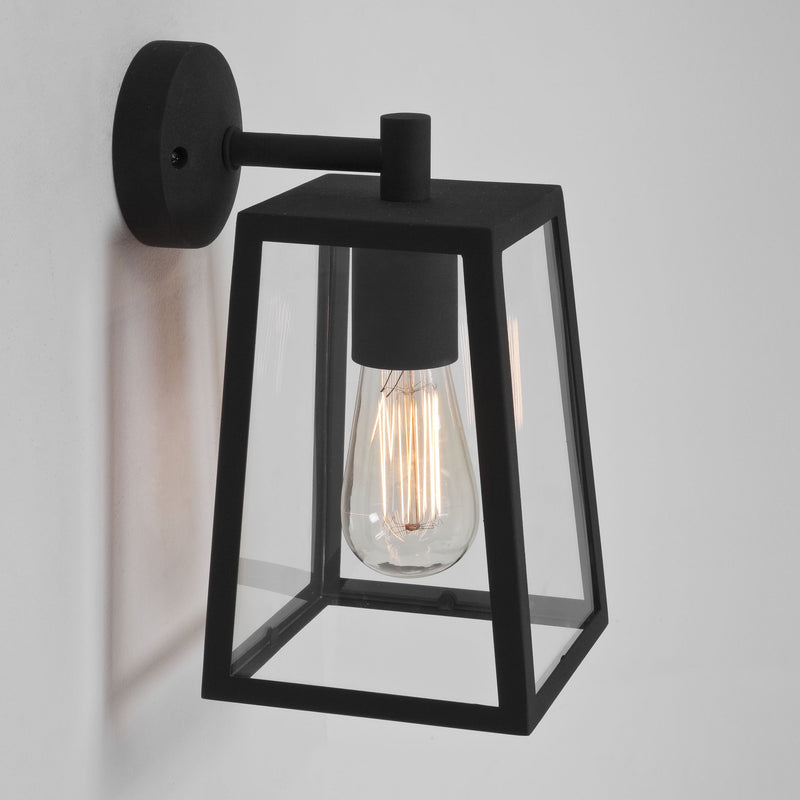 1306001 Calvi 215 Outdoor Wall Light Black