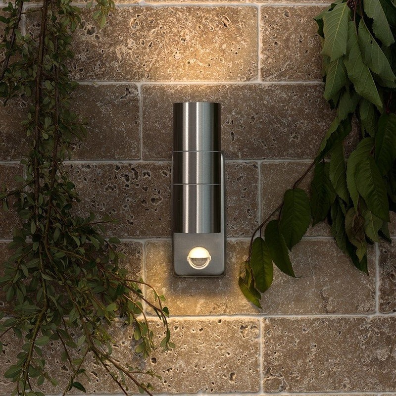 18967  Outdoor Up/Down Wall Light GU10 IP44