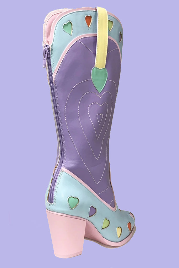 SPACE COWGIRL HEART - PASTEL