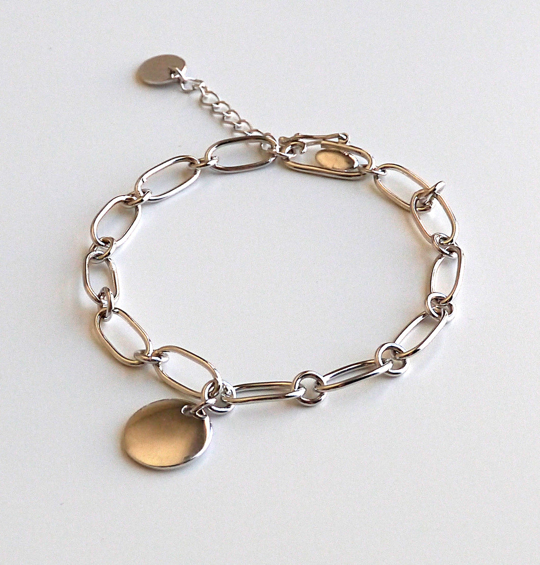 Women's 925 Sterling Silver Bold Chain Bracelet With A Round Charm
