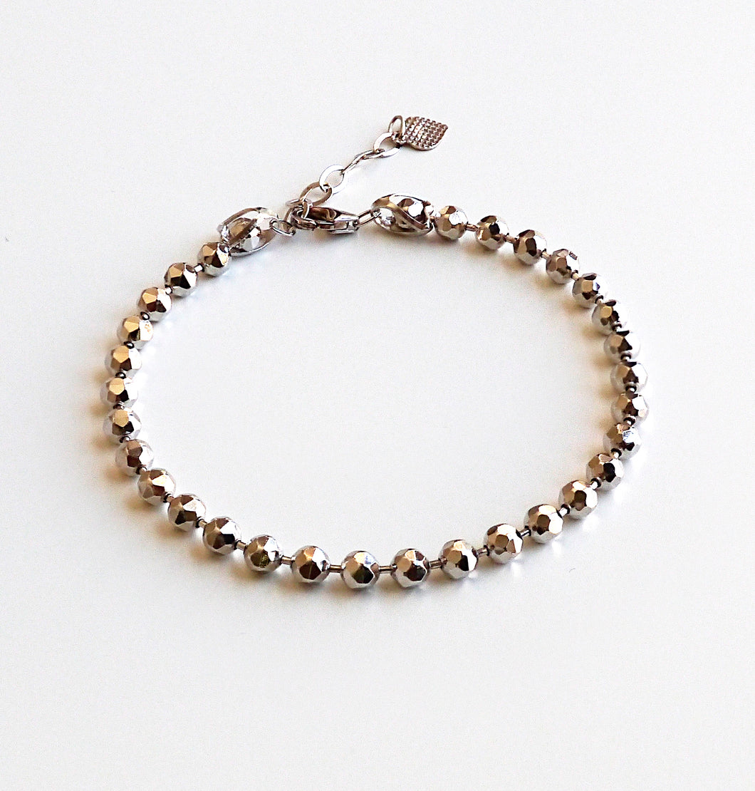 Women's 925 Sterling Silver Diamond Cut Bead Chain Bracelet