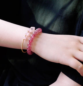 Flexible Strawberry Beaded Bangle