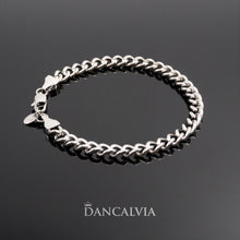 Load image into Gallery viewer, Stainless steel chain bracelet