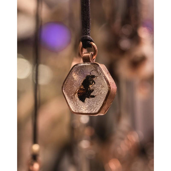 Bee Pendants by Coyote Tales - alter8.com