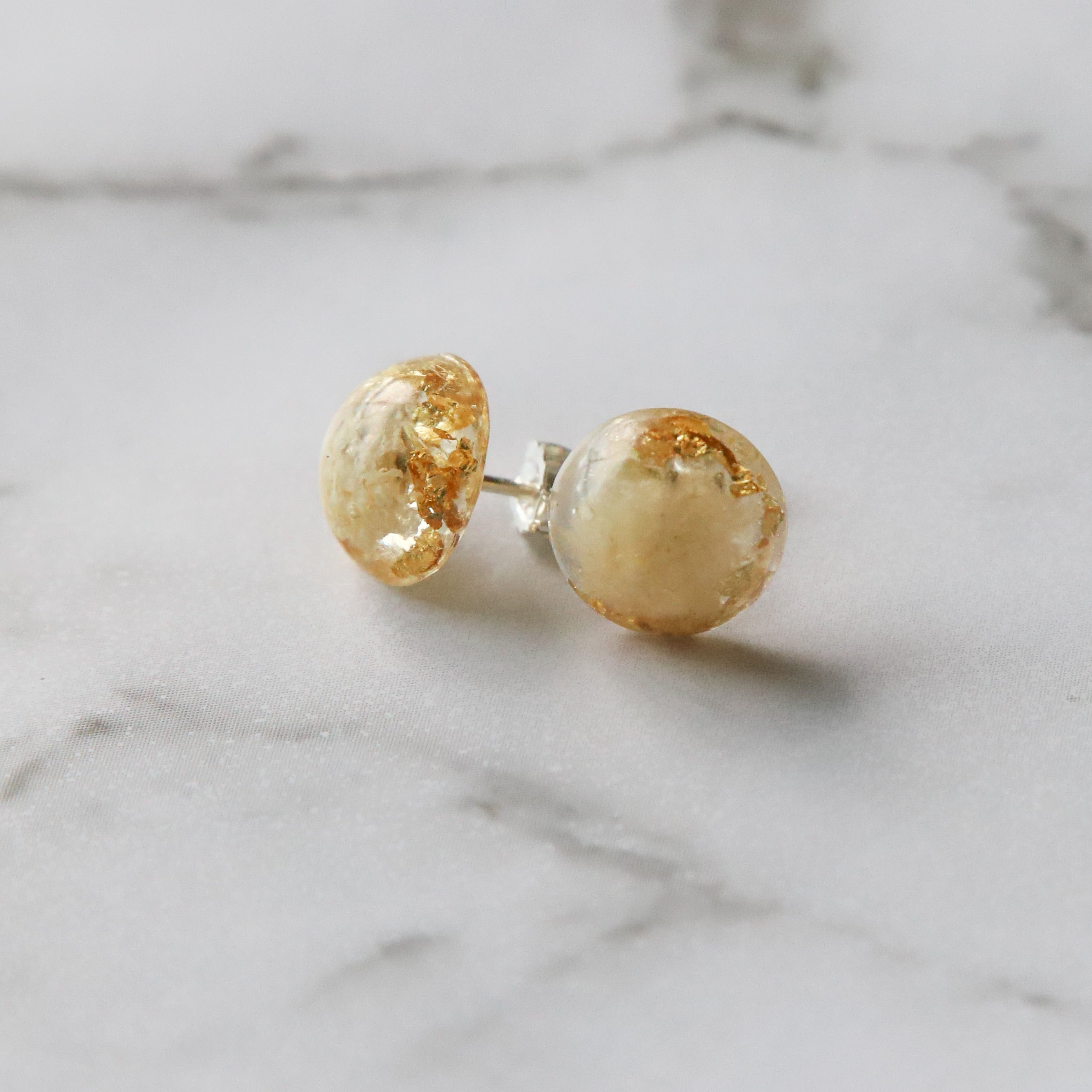 Ivy | Floral dome stud earrings