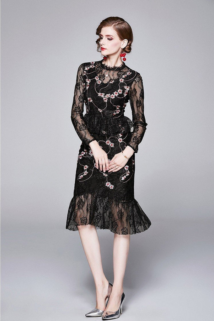 Black Embroidered Slim Fashion Fishtail Dress