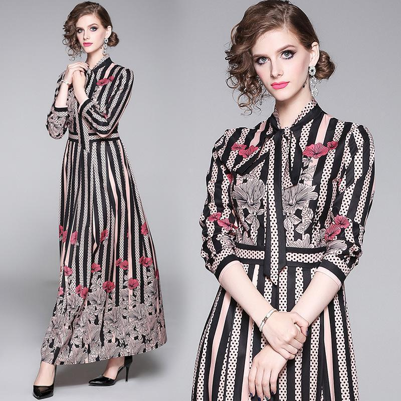 Fashion Printed Long-sleeved Slim Long Dress