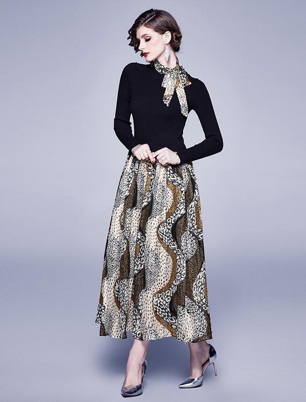 Knitted Long Sleeve Printed Long Swing Dress