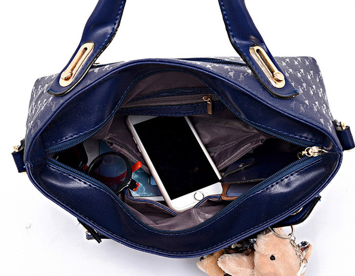 Fashion Embossed Bear And Mother Bag (Four-Piece Set)