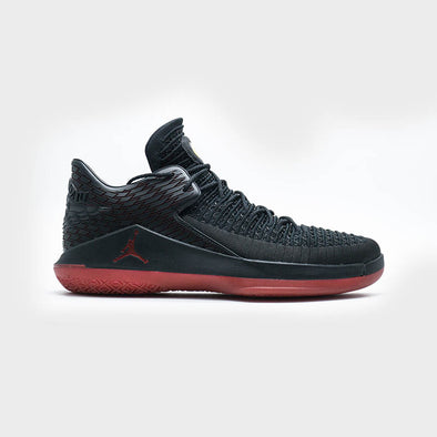 "Air Jordan 32 Low ""Last Shot"" AA1256-003 - Black"
