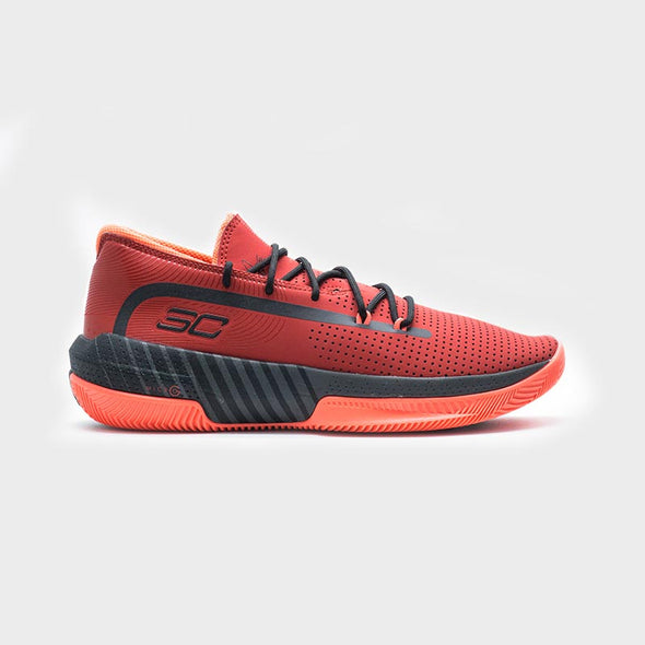 Under Armour SC 3ZER0 III 3022048-601 - Red
