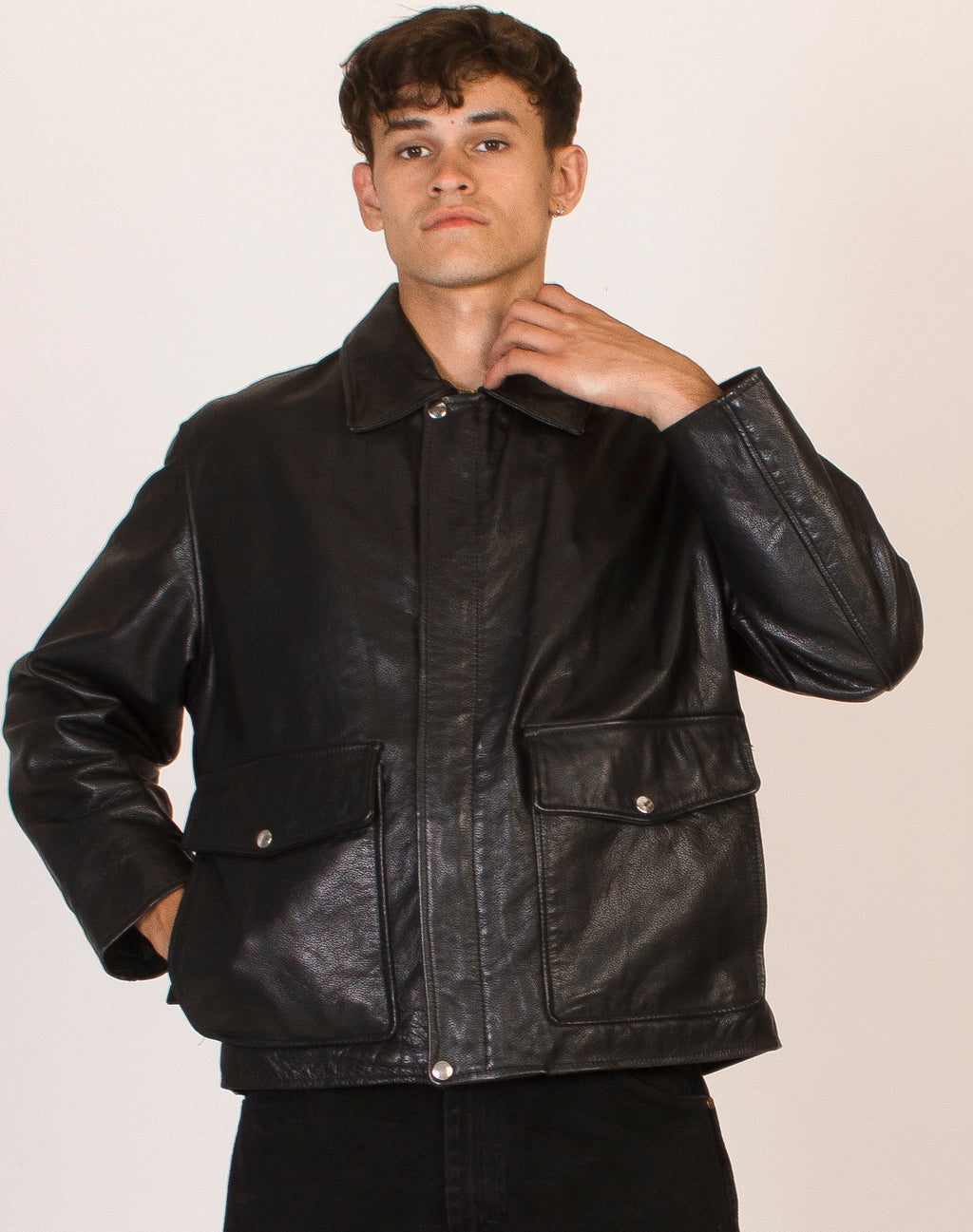 BLACK LEATHER COLLAR JACKET