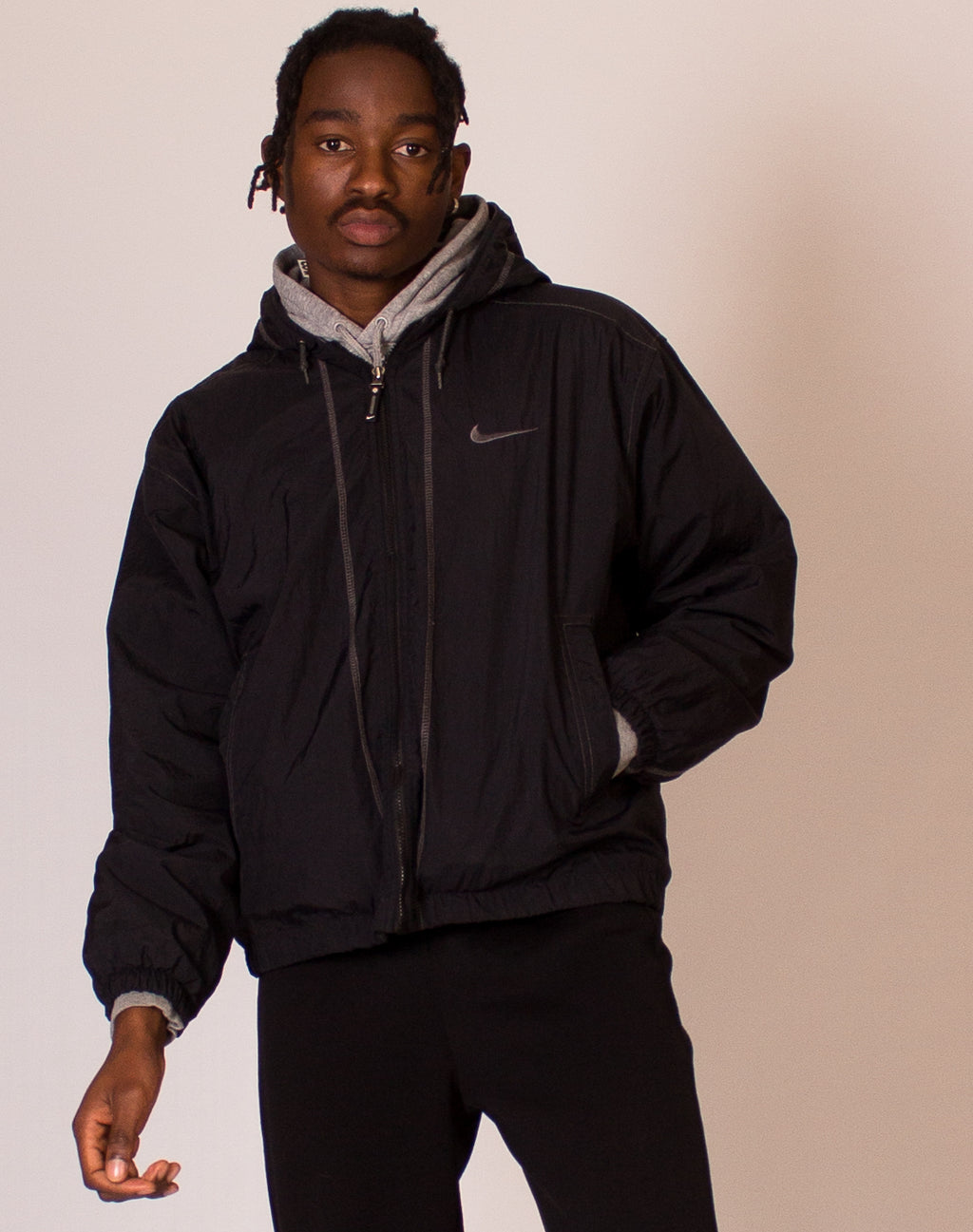 NIKE SWOOSH BLACK PADDED COAT