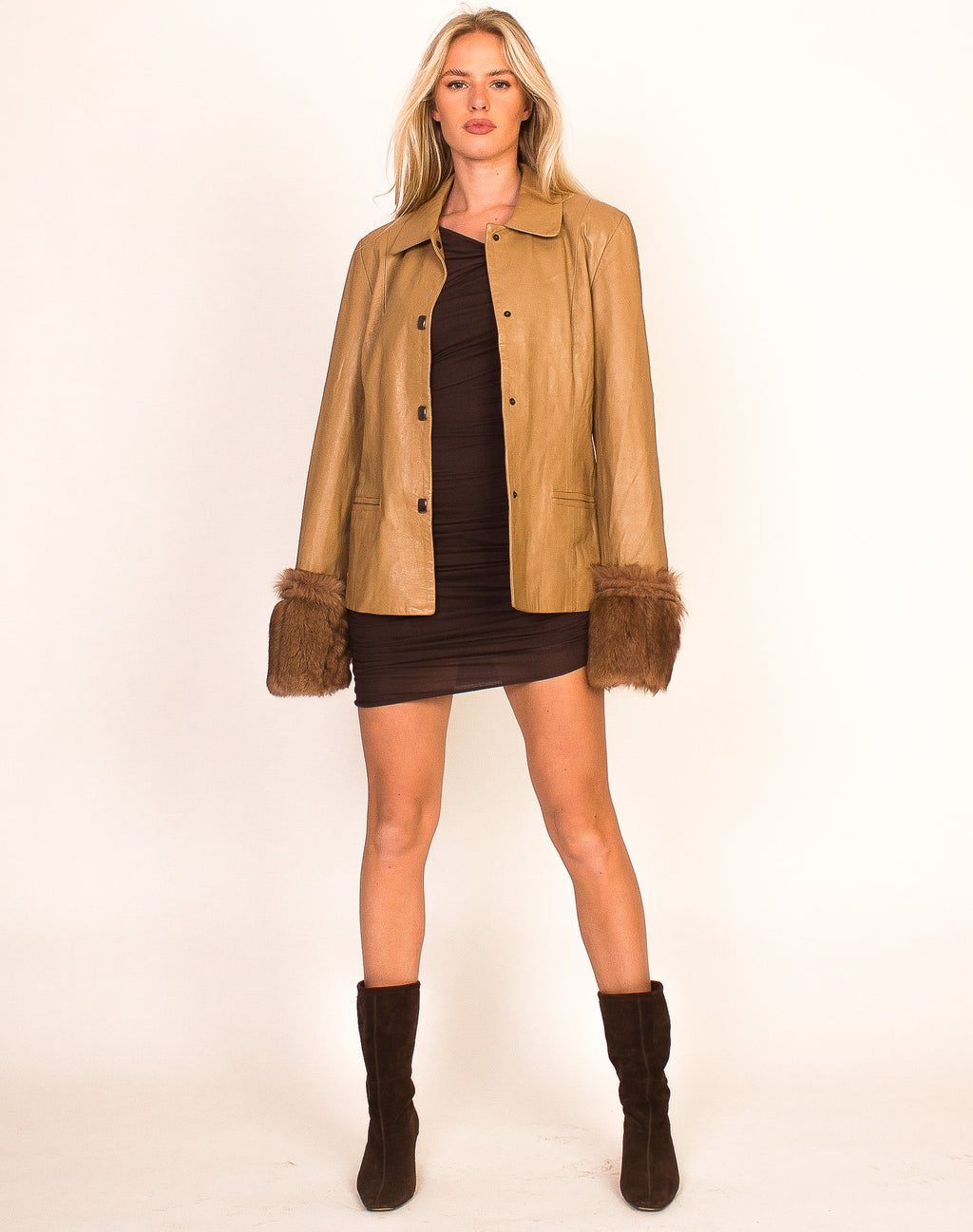 BROWN LEATHER FUR CUFFED JACKET
