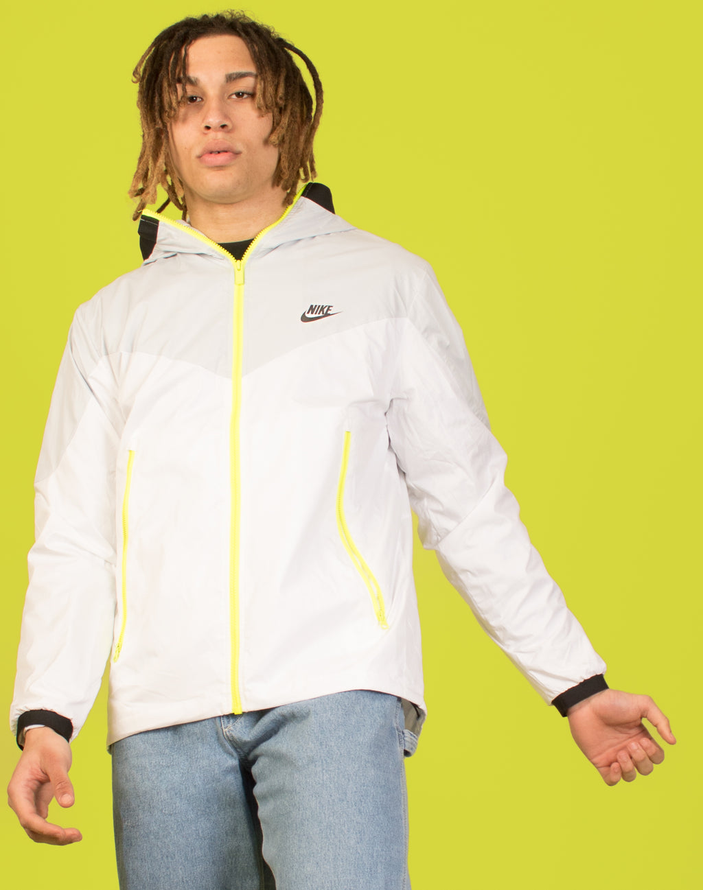 NIKE WHITE WATERPROOF JACKET