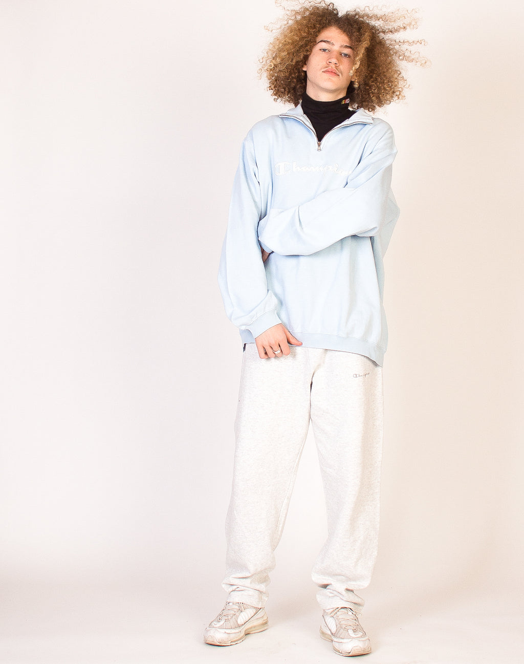CHAMPION BABY BLUE PULLOVER