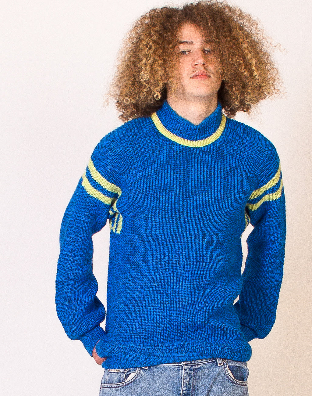 BLUE COLOUR BLOCK KNITTED JUMPER