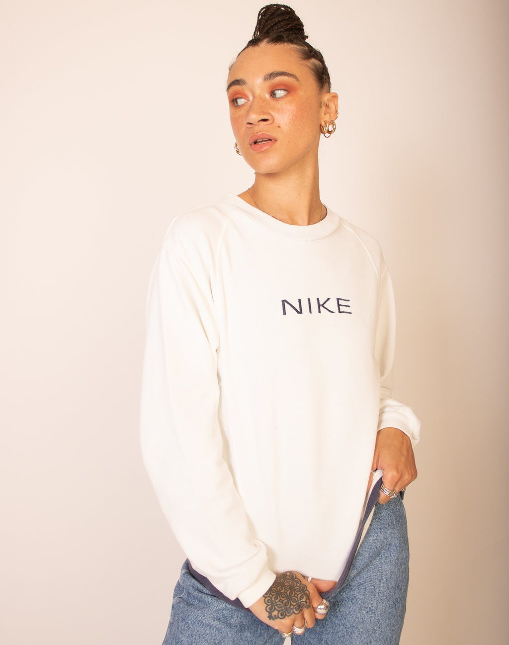 NIKE WHITE JUMPER