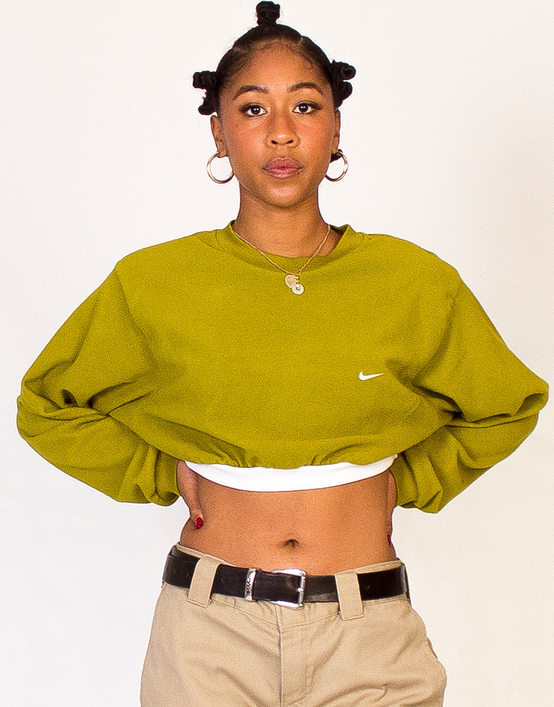 NIKE CROPPED GREEN FLEECE SWEATSHIRT