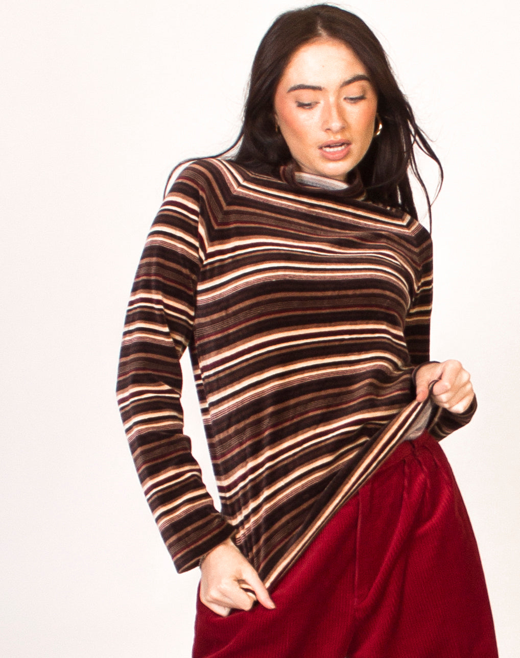 VELVET STRIPED HIGH NECK JUMPER