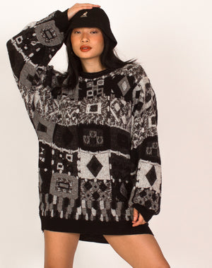 BLACK AND WHITE COOGI STYLE JUMPER