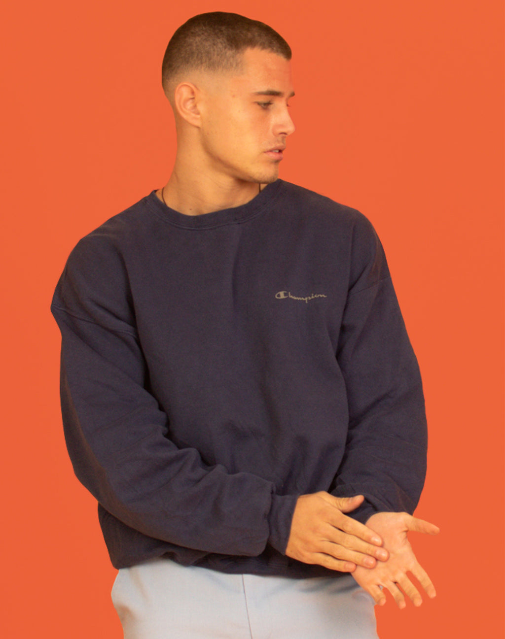 CHAMPION NAVY SWEATER