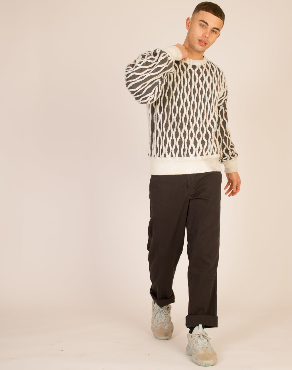 ABSTRACT KNITTED JUMPER