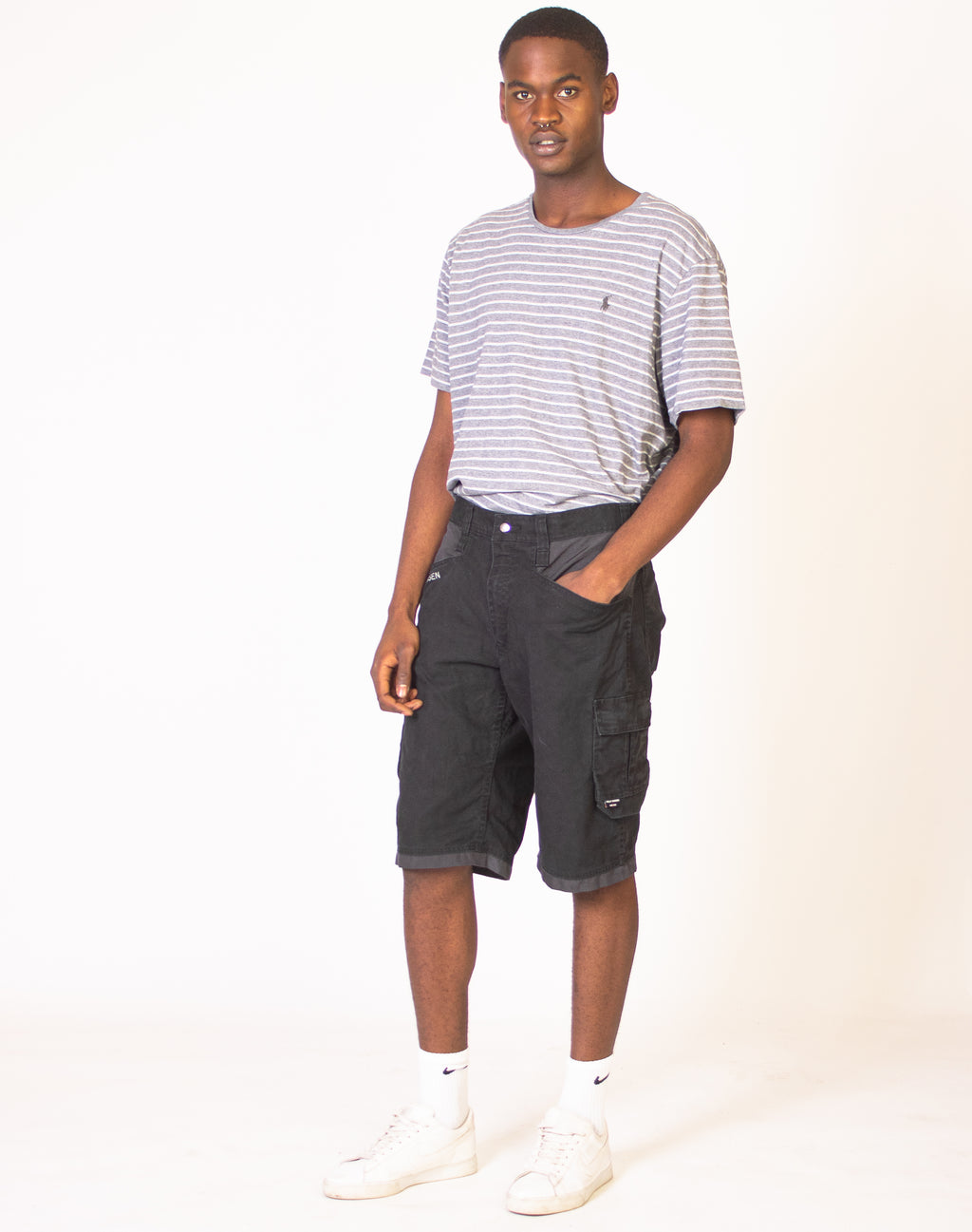 HELLY HANSEN BLACK CARGO SHORTS
