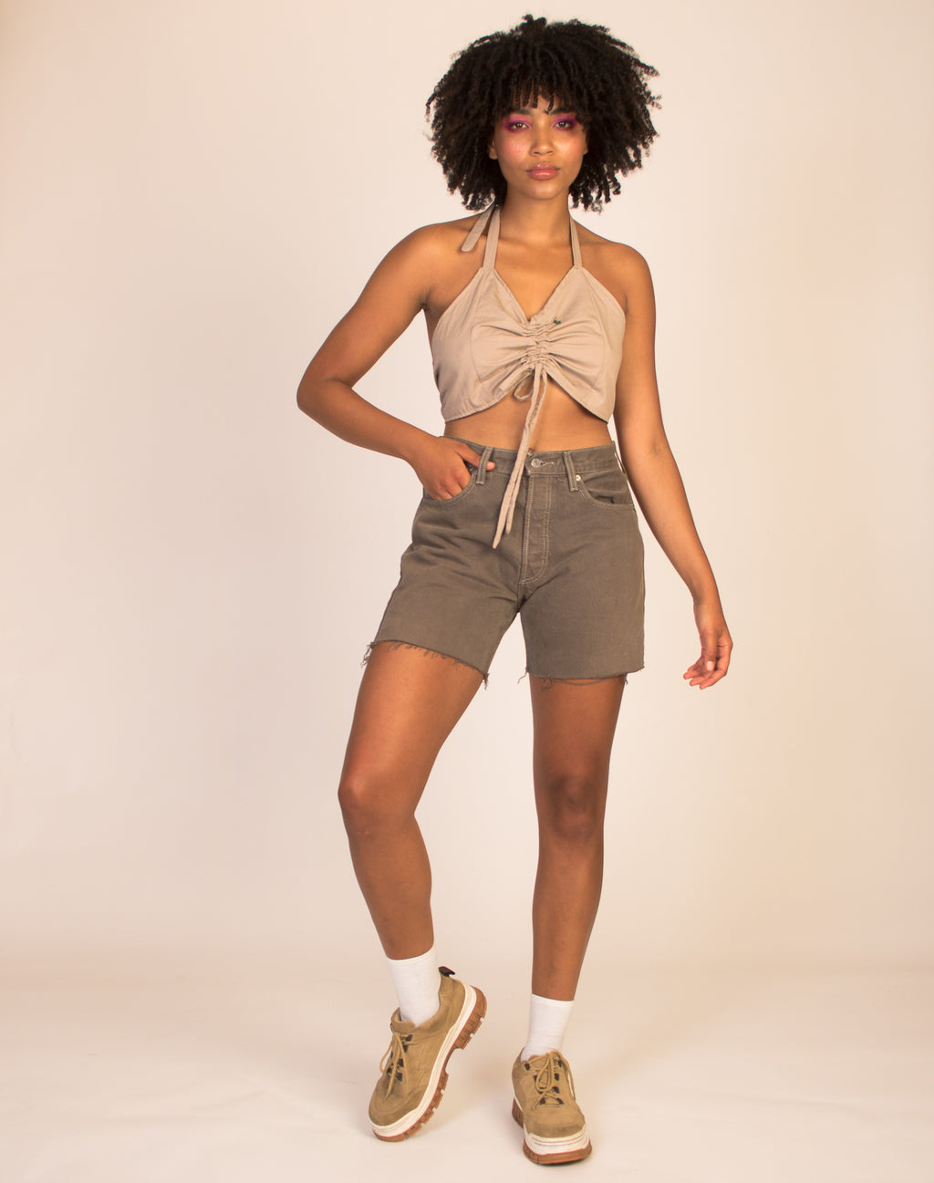 LEVI KHAKI DENIM SHORTS
