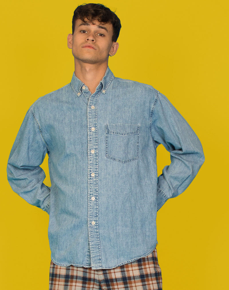 LIGHT WASH DENIM GAP SHIRT